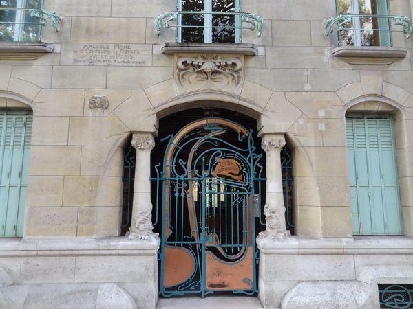 H Guimard - Castel Béranger